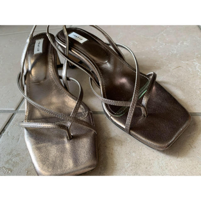 FRAY I.D(フレイアイディー)のFray i.d ナノーストラップサンダル レディースの靴/シューズ(サンダル)の商品写真