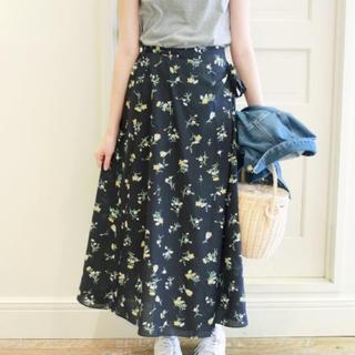 IENA SLOBE - スローブイエナ 小花柄巻きスカート