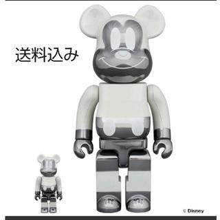 メディコムトイ(MEDICOM TOY)のBE@RBRICK fragmentdesign MICKEY 100&400%(キャラクターグッズ)