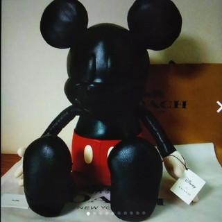 コーチ(COACH)のディズニー&コーチ限定ミッキーマウスぬいぐるみ(キャラクターグッズ)