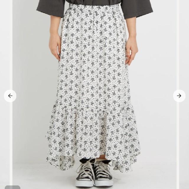 cohina フラワーランダムヘムスカート レディースのスカート(ロングスカート)の商品写真