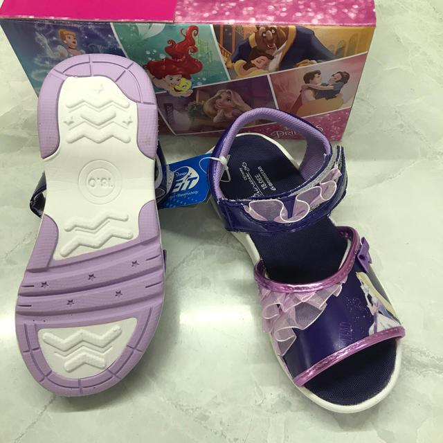 Disney(ディズニー)のサンダル ディズニー 18cm  キッズ/ベビー/マタニティのキッズ靴/シューズ(15cm~)(サンダル)の商品写真