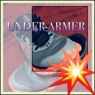 アンダーアーマー(UNDER ARMOUR)の❇️【UNDER ARMOUR】駆け抜ける爽快感☆‼️スポーツ ランニング 運動(スニーカー)