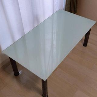 イケア(IKEA)のIKEA ガラス ローテーブル(ローテーブル)