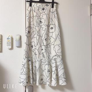 NICE CLAUP - 花柄マーメイドスカート