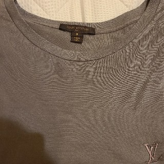 LOUIS VUITTON - LOUIS VUITTON LVロゴTシャツ ルイヴィトン S