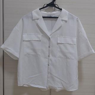 ディスコート(Discoat)のブラウス(白)(シャツ/ブラウス(半袖/袖なし))