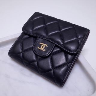 CHANEL - ✨大人気!✨CHA✨NEL 財布