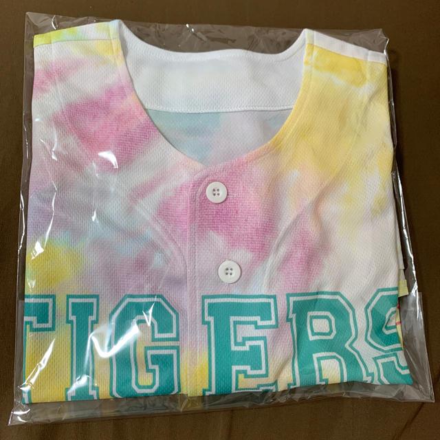 阪神タイガース(ハンシンタイガース)の阪神タイガース ユニホーム スポーツ/アウトドアの野球(記念品/関連グッズ)の商品写真