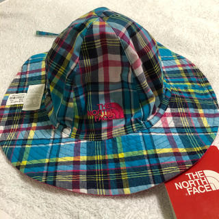 THE NORTH FACE - 新品☆ノースフェイス キッズ 帽子 ハット 紐付き 水色 チェック ピンク 子供