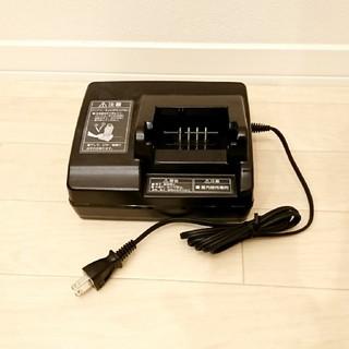 パナソニック(Panasonic)の【新品未使用】Panasonic バッテリー充電器 (品番NKJ069Z2)(パーツ)