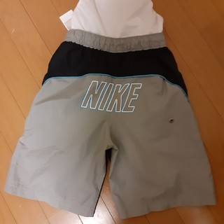 NIKE - ナイキ男児130センチ海水パンツ