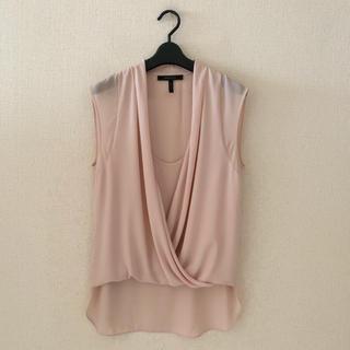 ビーシービージーマックスアズリア(BCBGMAXAZRIA)のBCBG♡デザインプルオーバーシャツ(シャツ/ブラウス(半袖/袖なし))
