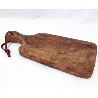 新品❣️オリーブの木 カッティングボード 樹齢200〜300年 伊製