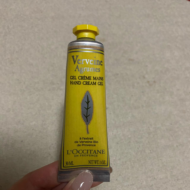 L'OCCITANE(ロクシタン)の再値下げします!ロクシタン ハンドクリーム Verveine Agrumes コスメ/美容のボディケア(ハンドクリーム)の商品写真