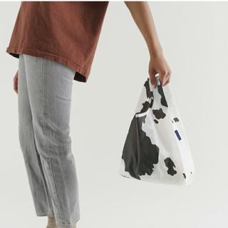 ドゥーズィエムクラス(DEUXIEME CLASSE)の新品未使用 バグゥ バグー BABY BAGGU カウ 牛 cow(エコバッグ)