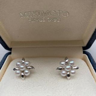 ミキモト(MIKIMOTO)の新品 未使用 ミキモト アコヤ真珠 銀製イヤリング ミキモト純正ケース付(イヤリング)