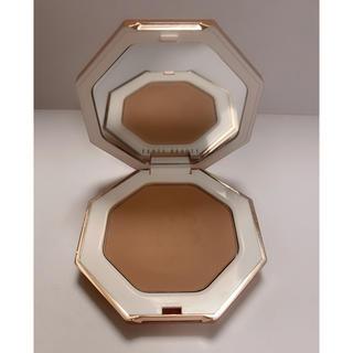 セフォラ(Sephora)のFENTY BEAUTY bronzer ブロンザー Inda Sun(フェイスカラー)