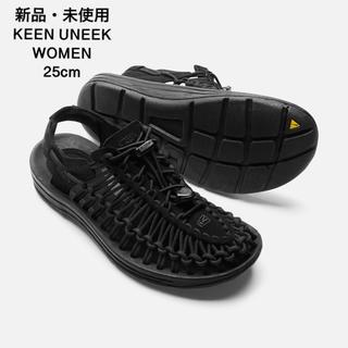 キーン(KEEN)の新品・未使用 KEEN UNEEK WOMEN  ブラック 25cm(サンダル)