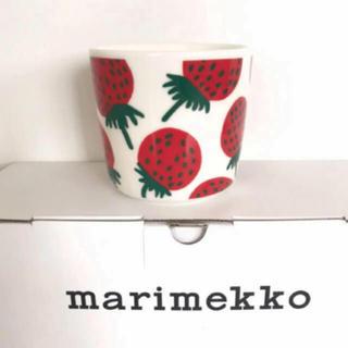 marimekko - マリメッコ  ラテマグ  いちご マンシッカ