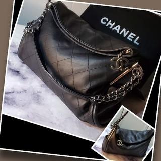 CHANEL - ●【素敵な品】C◒HANEL バッグ/チェーンショルダーバッグ