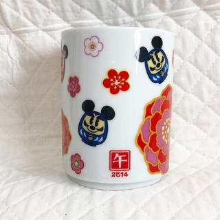 ディズニー(Disney)の【ディズニー】スーベニアカップ(2014年お正月)(グラス/カップ)