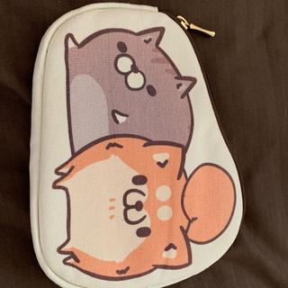 ボンレス猫犬ポーチ(キャラクターグッズ)