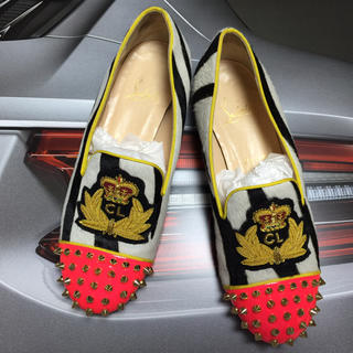 クリスチャンルブタン(Christian Louboutin)の美品✨憧れルブタンstudsローファー✨(ローファー/革靴)