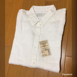 ムジルシリョウヒン(MUJI (無印良品))の未使用タグ付き 無印良品 リネンシャツ(ホワイト)(シャツ/ブラウス(長袖/七分))