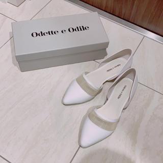 オデットエオディール(Odette e Odile)のOdett e Odile ホワイトサンダル/パンプス(サンダル)