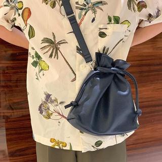 エルゴポック(HERGOPOCH)のHERGOPOCH エルゴポック巾着ショルダーバッグ(ショルダーバッグ)