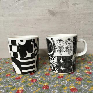 マリメッコ(marimekko)のマリメッコB マグカップ2個セット(グラス/カップ)