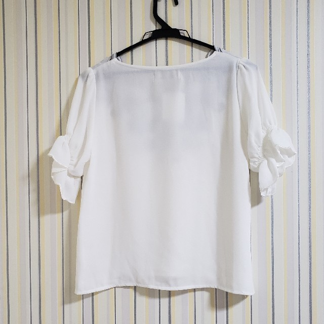 MISCH MASCH(ミッシュマッシュ)の[新品未使用]スラカップ刺繍ブラウス レディースのトップス(シャツ/ブラウス(半袖/袖なし))の商品写真