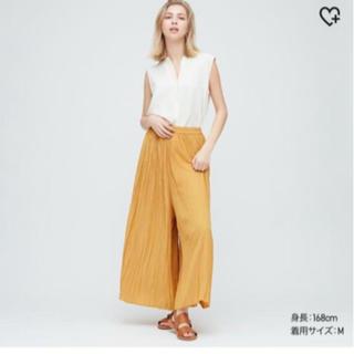 ユニクロ(UNIQLO)のUNIQLO ワッシャーサテンスカートパンツ(ロングスカート)