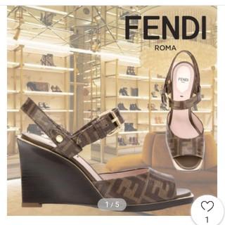 フェンディ(FENDI)のFENDI FF柄 サンダル (サンダル)