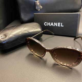 シャネル(CHANEL)のシャネル CHANEL シャネル サングラス パールデザイン ブラウン系(サングラス/メガネ)