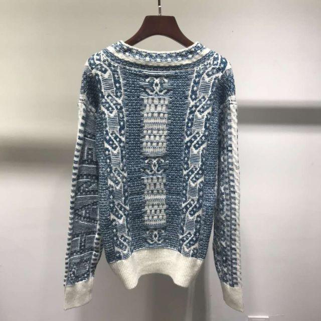 CHANEL(シャネル)のchanelココマーク Vネック 長袖 シルク セータートップス レディースのトップス(ニット/セーター)の商品写真