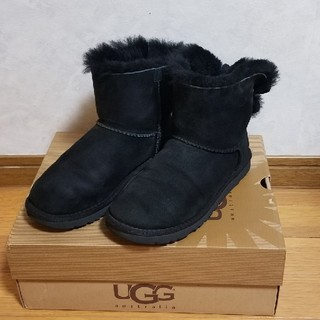 アグ(UGG)のUGGリボンブーツ👢(ブーツ)