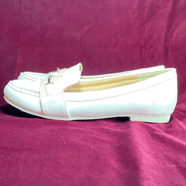 あしながおじさん(アシナガオジサン)のあしながおじさん ローファー 23cm ホワイトレザー レディースの靴/シューズ(ローファー/革靴)の商品写真