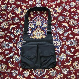 HELMUT LANG - VINTAGE over-pocket nylon body bag