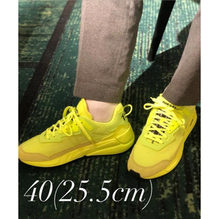ディーゼル(DIESEL)のDIESEL S-SERENDIPITY LC Yellow Fluo(スニーカー)