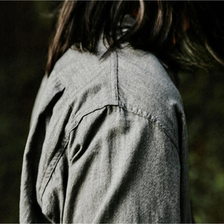 コモリ(COMOLI)のcomoli ヨリ杢 オープンカラーシャツ サイズ2(シャツ)