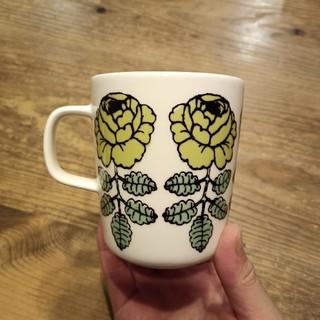 マリメッコ(marimekko)のマリメッコ マグカップ グリーン(グラス/カップ)