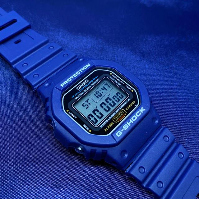 5600系G-SHOCK用 互換ベゼル&バンドセット ネイビーブルー×ホワイト メンズの時計(腕時計(デジタル))の商品写真