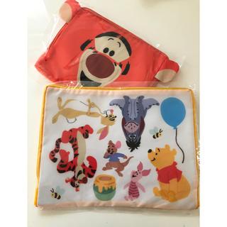 クマノプーサン(くまのプーさん)のディズニーデザイン「トラベル衣類収納バッグ」 くまのプーさん ティガー セット(旅行用品)