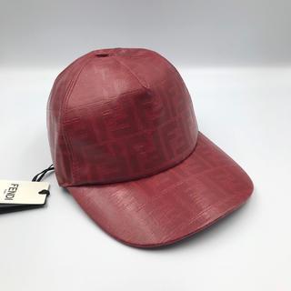 フェンディ(FENDI)の【新品未使用】FENDI フェンディ  帽子 キャップ レッド ズッカ柄(キャップ)