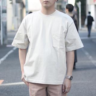 コモリ(COMOLI)の【AURALEE】 STAND UP TEE アイボリー サイズ4(Tシャツ/カットソー(半袖/袖なし))