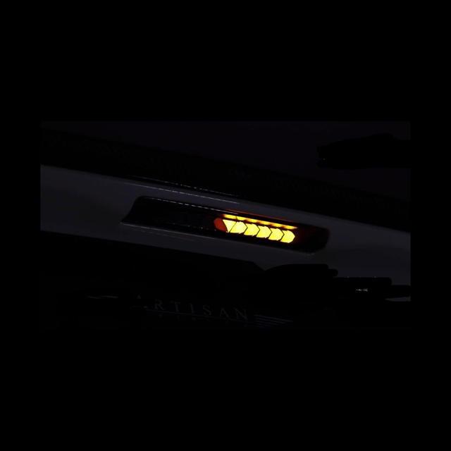40プリウスα ハイマウント シーケンシャルウインカー機能付き 自動車/バイクの自動車(汎用パーツ)の商品写真