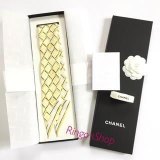 シャネル(CHANEL)の新品未使用 正規品 CHANEL スカーフ ツイリー スリム ヘアバンド♪黄色(ヘアバンド)