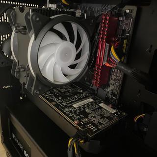 エイスース(ASUS)のゲーミングPC GTX1070 Ryzen(デスクトップ型PC)